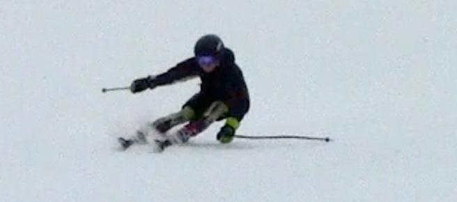 Lots of angulation / counterbalancing on the outside ski